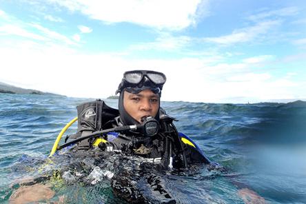 Coast Guard Henkie Imanuel Parinussa